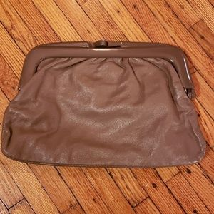 AUTHENTIC LEATHER  1970's Tan Clutch